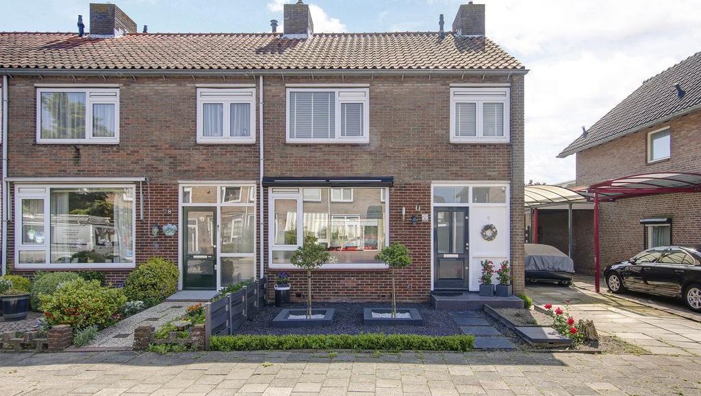 Te koop in Uitgeest-Hoekwoning- Verkocht onder voorbehoud
